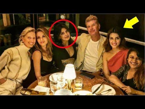 Kriti Sanon BONDS With Priyanka Chopra & Hollywood Celebrities At NYFW 2019 Mp3