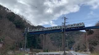 伊豆急行 8000系 通過シーン