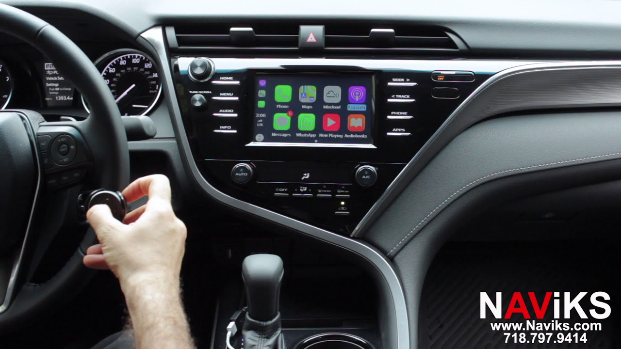 2018 Toyota Camry Entune 3 0 NAViKS Apple CarPlay Interface