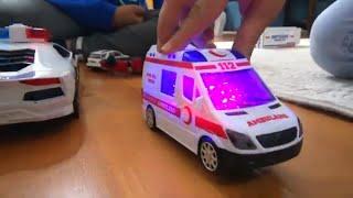 Kaan Aras ve Çağana ışıkları yanan ambulans oyuncak aldım, oyuncağımız geldi birlikte oyun oynadık