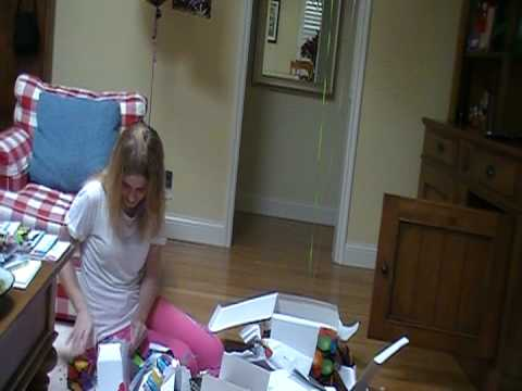 Amanda's 16th  Birthday... Opening her present!!!
