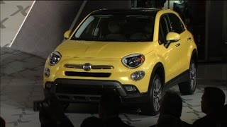 Fiat 500X Mini SUV Introduced at Los Angeles Auto Show