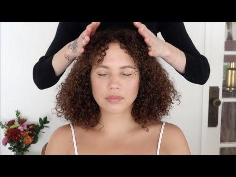 asmr-massage-with-jade-comb-+-light-acupressure-(soft-spoken)
