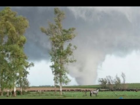 M7.8 Earthquake, Tornado Uruguay | S0 News Apr.17.2016