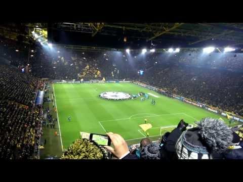 Borussia Dortmund - Napoli | Ingresso squadre ed inno Champions League settore ospiti