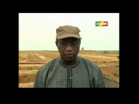 AGRICULTURE :Redémarrage des travaux d'aménagement à l'office du Niger .wmv