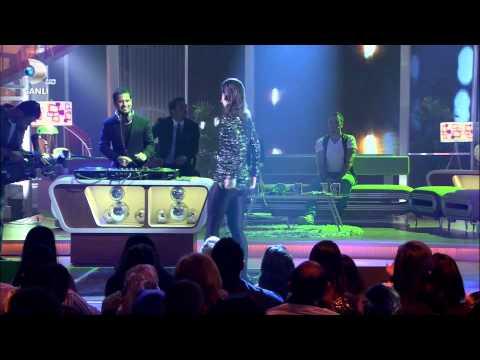 Atiye ft. Ozan Dogulu - A kistan (Beyaz Show) Full HD 1080p