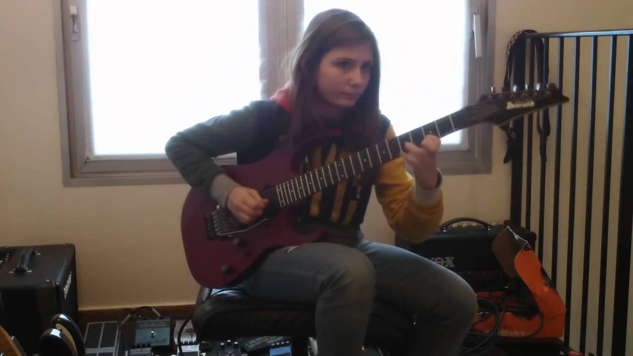 14 year old girl playing guitar cover van halen beat it solo tina s 14 year old girl amazing. Black Bedroom Furniture Sets. Home Design Ideas