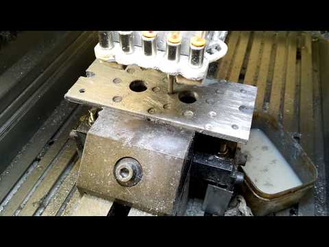 DIY a complicated small injection mold 4 (35 of High Z CNC-STEP)