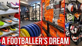 It took 10 years to build this football boot collection! *2000 PAIRS*