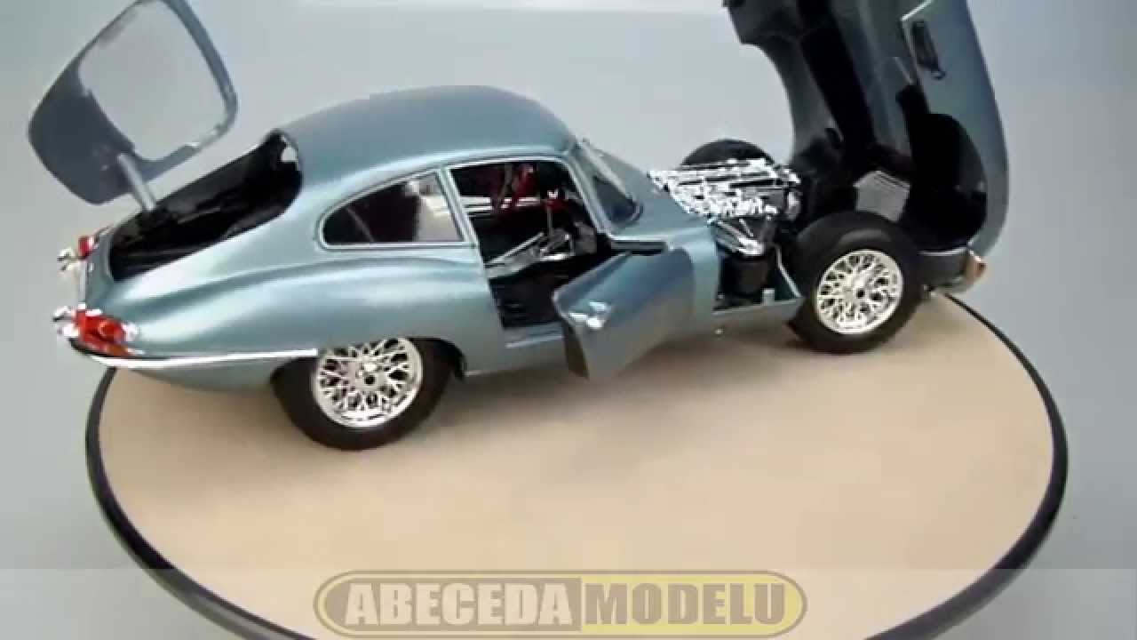 Jaguar e type coupe bburago 1 18 youtube for Jaguar house music