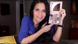 Amazon - Beauty Creations Bodoir Shadows 9 Eyeshadows Palette Swatches Mini Review