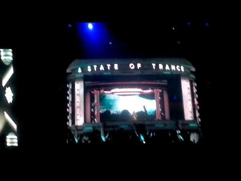 Dash Berlin @ ASOT 600 SOFIA (Not Giving Up On Complicated Love)