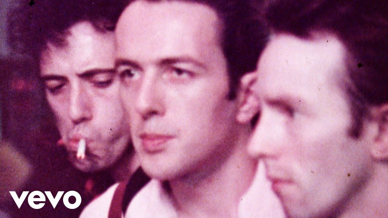 Download The Clash - The Magnificent Seven (Official Video)