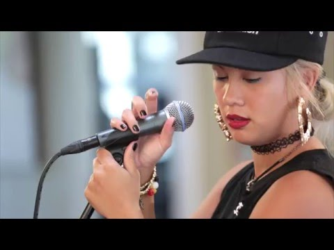 Eli-Mac - Young Soul Rebel (HiSessions.com Acoustic Live!)