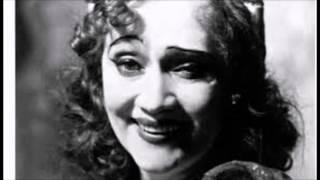 """""""En er for lille og en er for stor"""" Liva Weel i Scala Revyen """"Omkring hesten"""" 1928"""