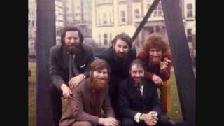 Dubliners - Seven Drunken Nights (with lyrics)
