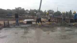 заливка пола бетоном(Жилой Комплекс