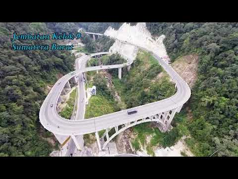 Keindahan Jembatan Kelok 9 dari udara