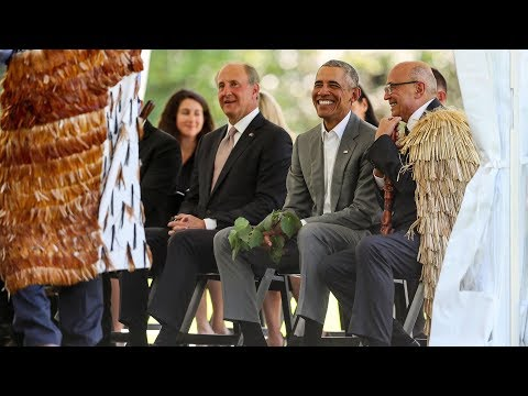Barack Obama gets official New Zealand welcome