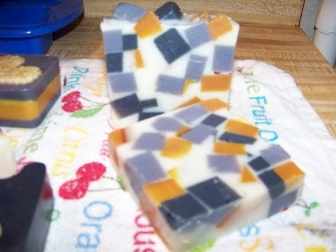 how-to-make-chunky-fun-melt-and-pour-soap