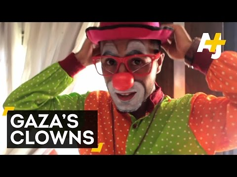 Gaza's Clowns Heal Children With Post-War Trauma