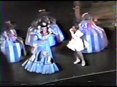 3 he s the wiz the wiz 1984 revival youtube
