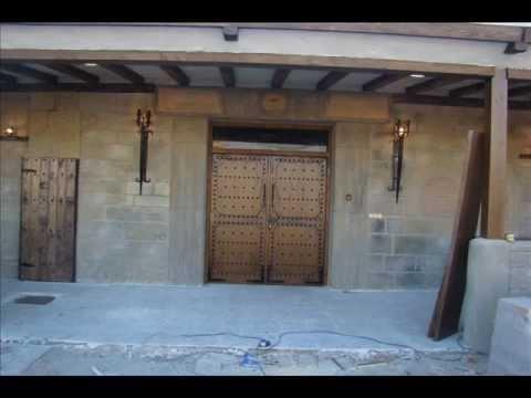 Tematizacion decoracion rustica bodegas piedra artificial reproducida youtube - Bodegas rusticas decoracion ...