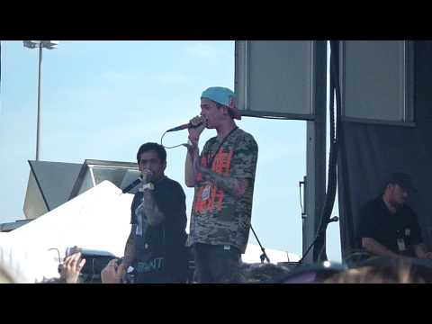 T.Mills- Rich Girls at Bamboozle 2010