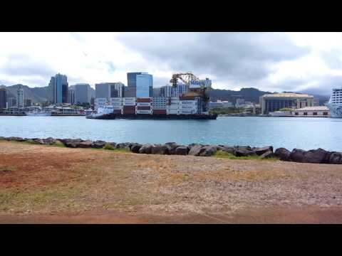 Sause Bros Tug Bringing In A Barge Into Honolulu Harbor