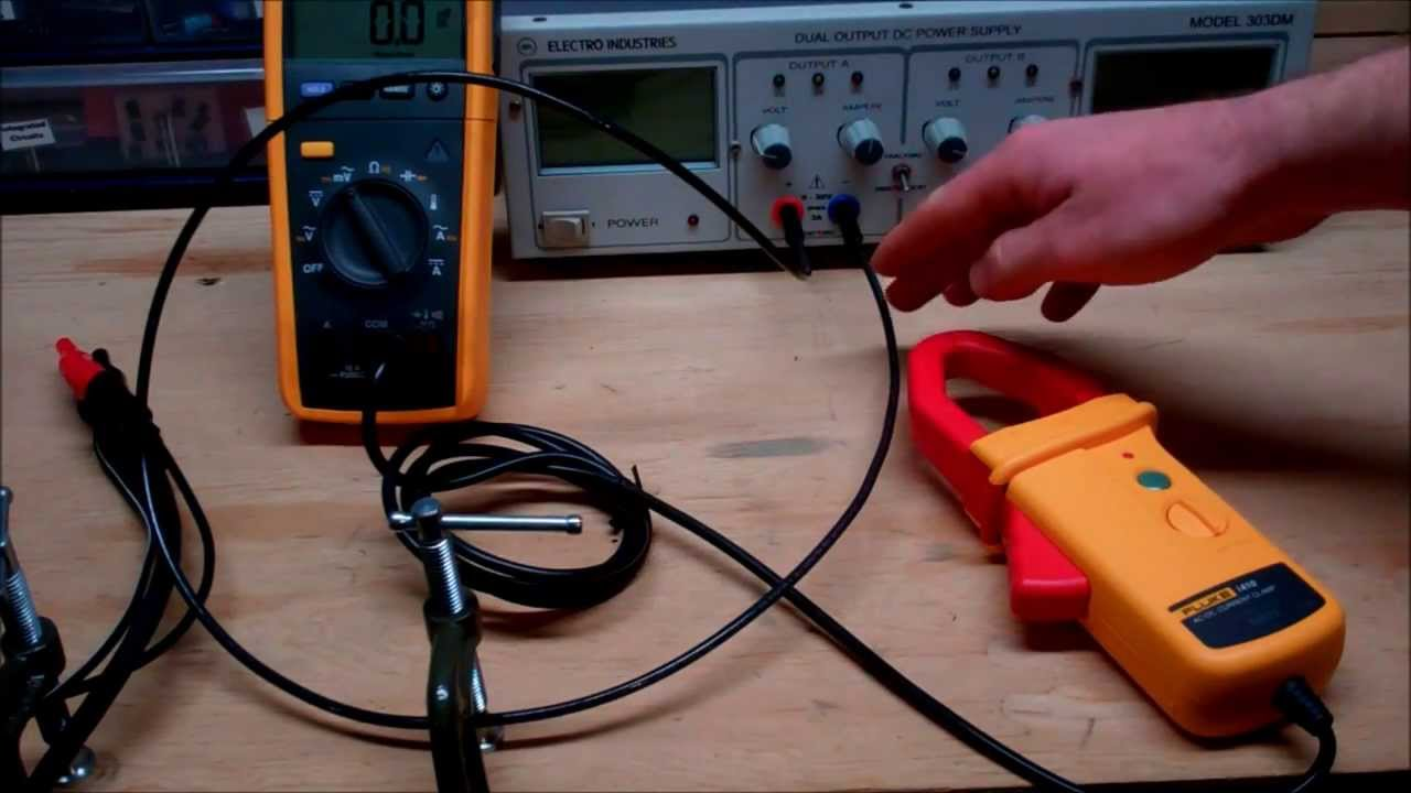 how to use a clamp meter [ 1280 x 720 Pixel ]