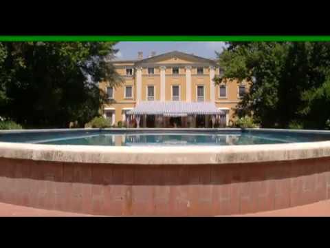 Piano nobile su case design stili youtube for Stili case