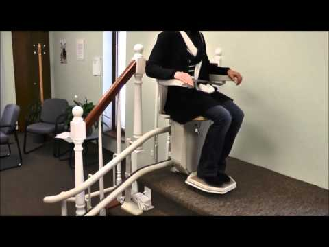 Stannah Stairlift User Demonstration on Curve Starla Model