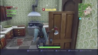 NARRATING FORTNITE PLAYERS GETS SQUAD KILLED!