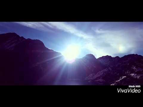 A Sun in Himalaya with Śigur Ŕos