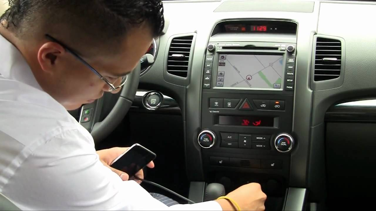 How To Setup Your Ipod With The 2011 Kia Sorento Youtube