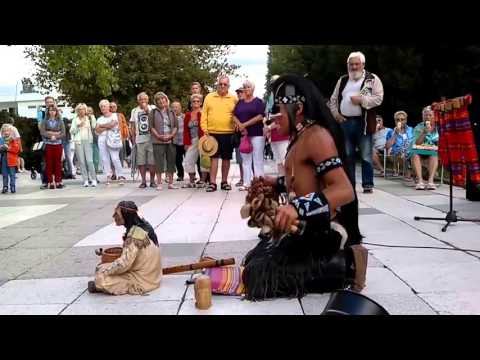 Lakota Dream Song - Street Performance