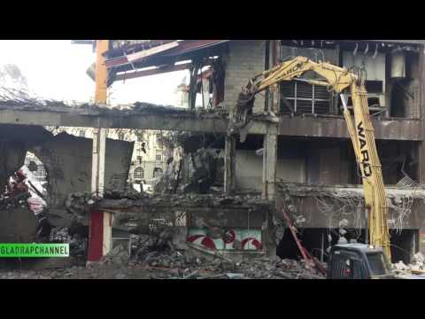 Update #4 Tear the roof off - Demolition of Downtown Shopping Centre, Auckland