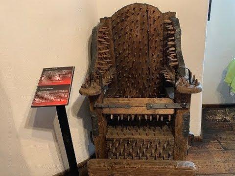 DRACULA'S TORTURE MUSEUM