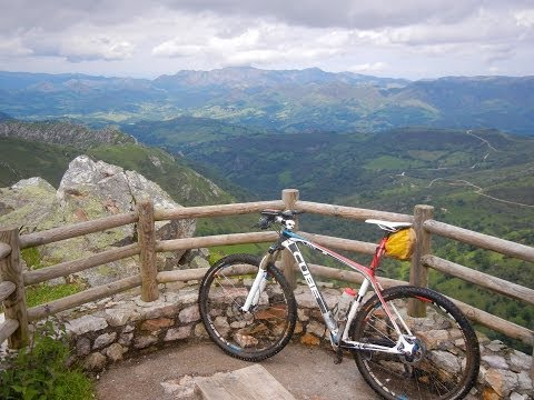Cantabrian Mountains by MTB (Picos de Europa)
