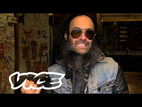 De Haagse cultlegende Guy Tavares: VICE Meets