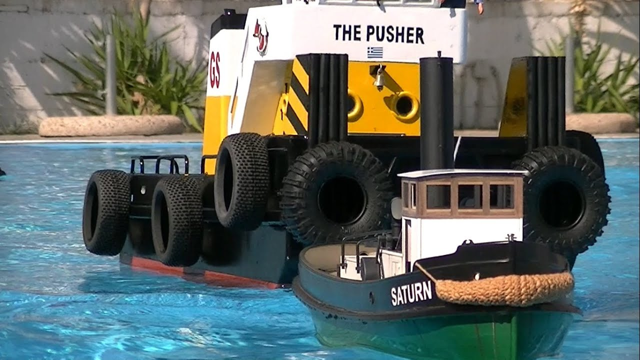 CVP - Towing a giant RC springer tug boat - YouTube
