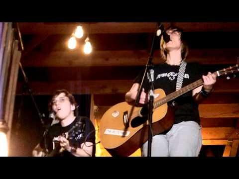 rocknycliveandrecorded.com: Jenny Hoyston and Kaia Wilson @Origami Vinyl