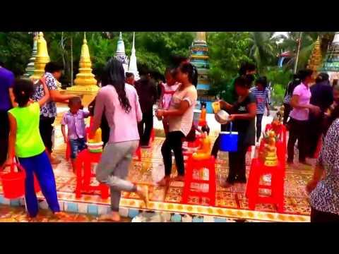 Lễ Tắm Phật / Buddha bathing ceremony - Chùa Hàng Cồng hay chùa Krang Krouch, Tri Tôn, An Giang 2017