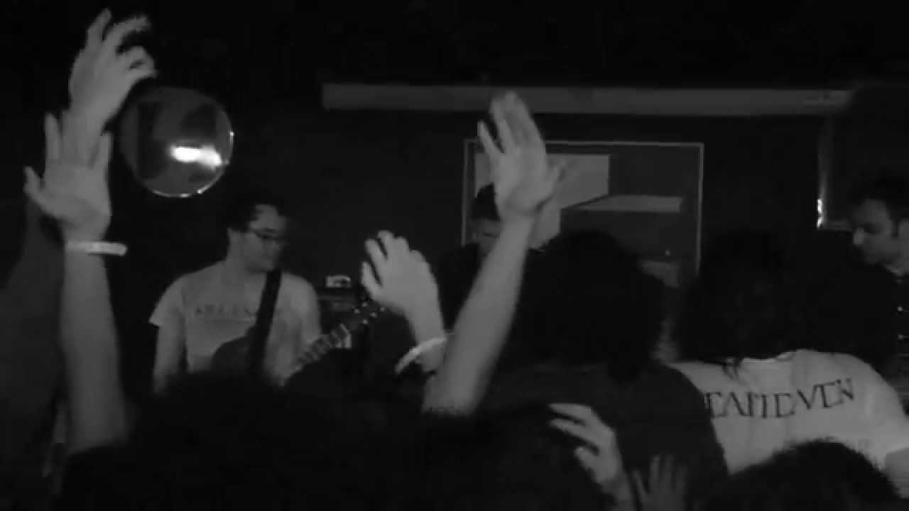 Download Deafheaven - Unrequited (live at The Basement, Jakarta)