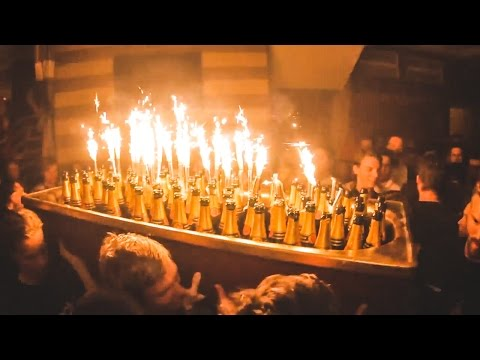 150 BOTTLES OF CHAMPAGNE IN A BATHTUB | VLOG 146