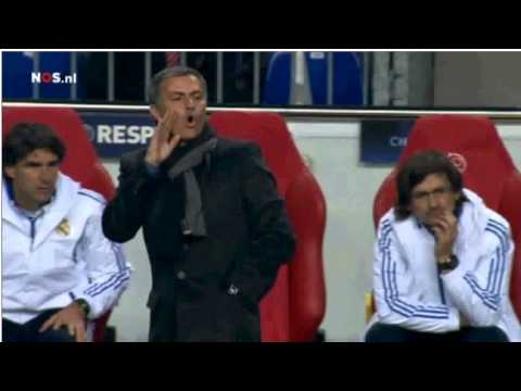 Mourinho's tactic to inform Alonso and Ramos to get another yellow card. Mp3