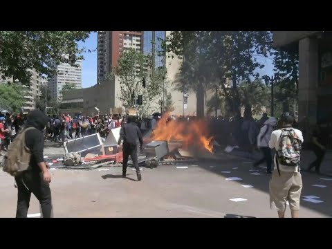 Protests continue in Chile's capital | AFP
