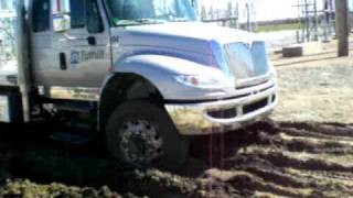 Hydraulic powered 4-wheel drive for heavy duty trucks - EZ Trac