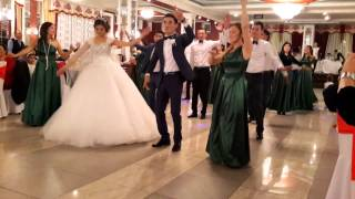 Флешмоб на свадьбе в Оше Калынур и Азиза